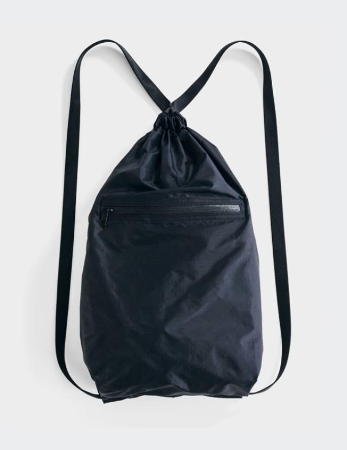 Alef Alef | אלף אלף - בגדי מעצבים | תיק גב שחור Tote Pack BAGGU