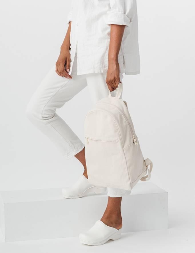 Alef Alef | אלף אלף - בגדי מעצבים | תיק גב שמנת Zip BAGGU