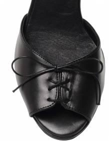 Alef Alef | אלף אלף - בגדי מעצבים | עקב שרוך שחור