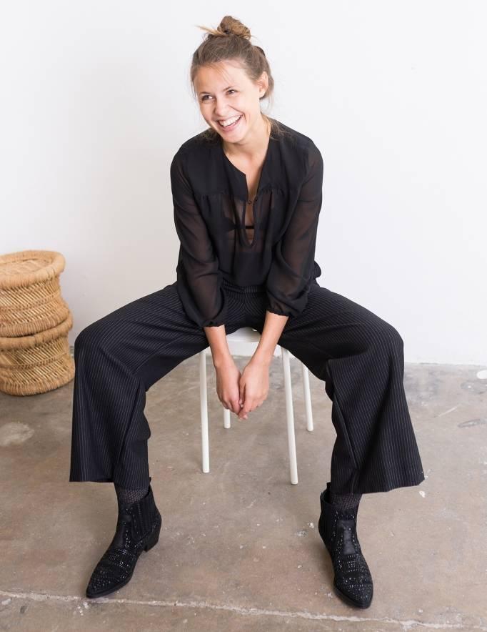 Alef Alef | אלף אלף - בגדי מעצבים | מכנסי Konner שחור פס לבן