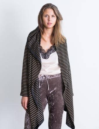 Alef Alef | אלף אלף - בגדי מעצבים | מעיל Lina שחור פס זהב