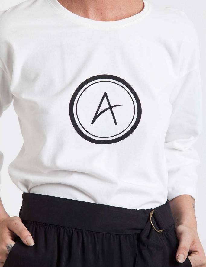 Alef Alef | אלף אלף - בגדי מעצבים | חולצת Hanna לבן דפוס