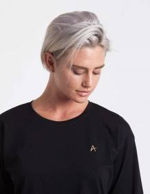 Alef Alef | אלף אלף - בגדי מעצבים | חולצת Hanna שחור ריקמה זהב A
