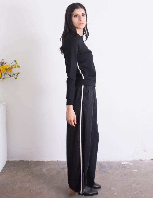 Alef Alef | אלף אלף - בגדי מעצבים | סווטשירט Corey שחור פס
