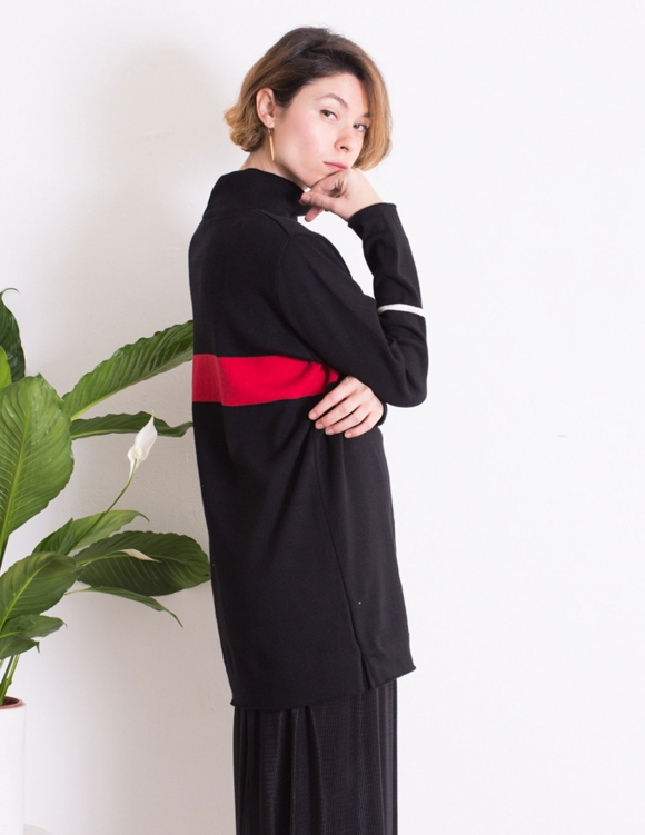 Alef Alef | אלף אלף - בגדי מעצבים | סוודר Adam שחור פס אדום