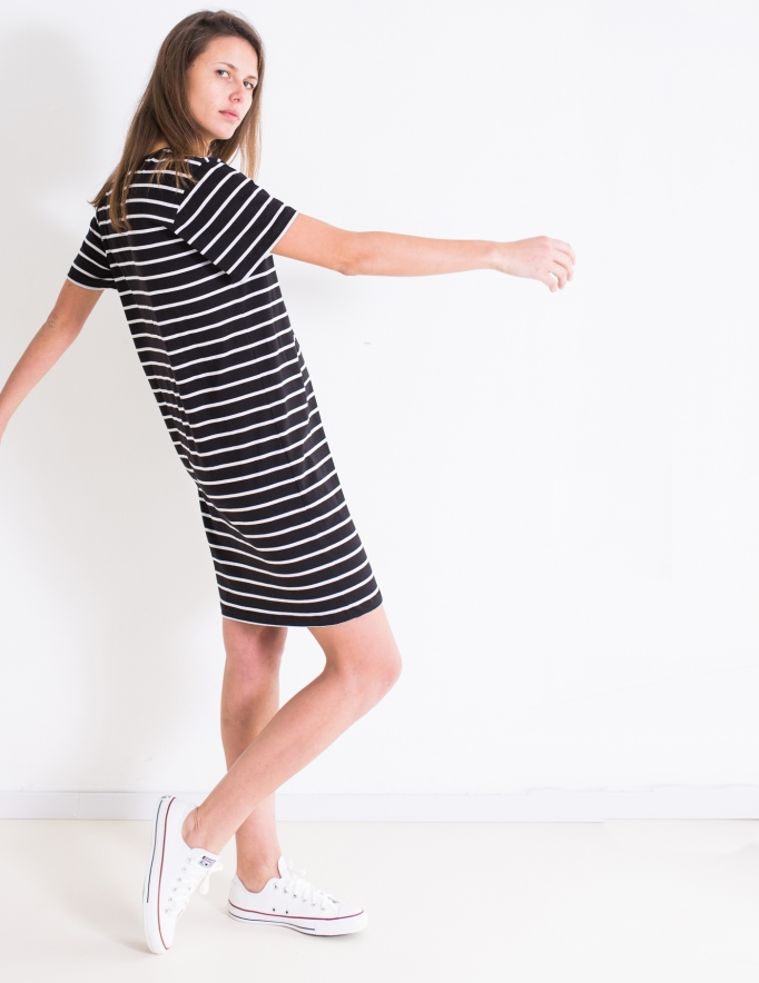 Alef Alef | אלף אלף - בגדי מעצבים | שמלת Lovebird פסים כיס שחור