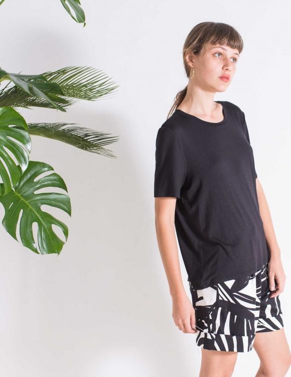 Alef Alef | אלף אלף - בגדי מעצבים | חולצת SAGE שחור