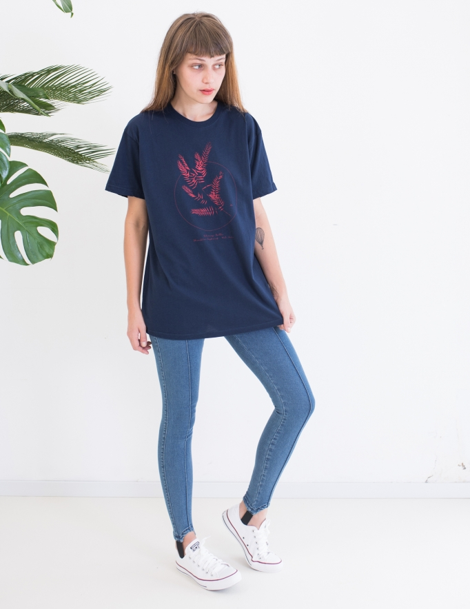 Alef Alef | אלף אלף - בגדי מעצבים | חולצת FLORA כחול דפוס אדום
