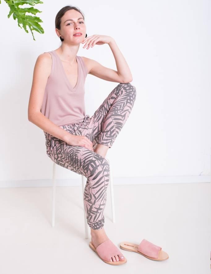 Alef Alef | אלף אלף - בגדי מעצבים | Sample | מכנסי ORCHID ורוד דפוס