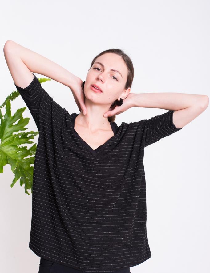 Alef Alef | אלף אלף - בגדי מעצבים | חולצת BUTTERCUP שחור פס לבן