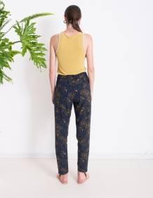 Alef Alef | אלף אלף - בגדי מעצבים | מכנסי NIGHT SHADE כחול הדפס פרחים