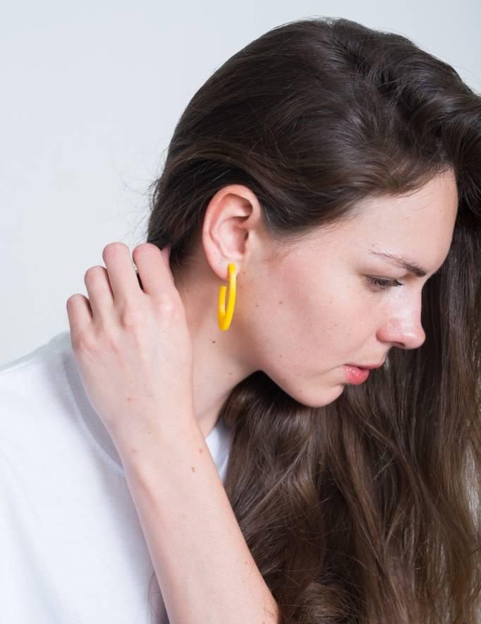 Alef Alef | אלף אלף - בגדי מעצבים | עגיל CIT EF צהוב