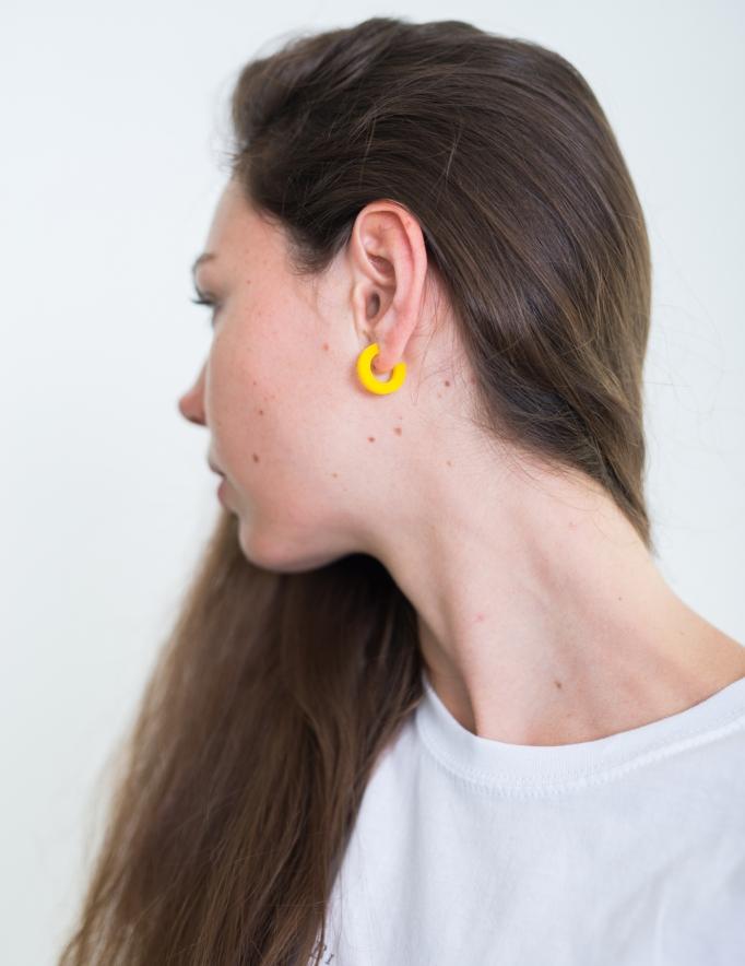 Alef Alef | אלף אלף - בגדי מעצבים | עגיל EF SNAP צהוב קטן