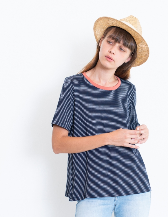 Alef Alef   אלף אלף - בגדי מעצבים   חולצת SAGE כחול פס לבן
