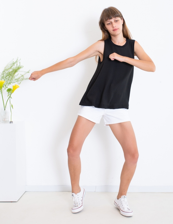 Alef Alef   אלף אלף - בגדי מעצבים   סאמפל   גופיית Poppy שחור