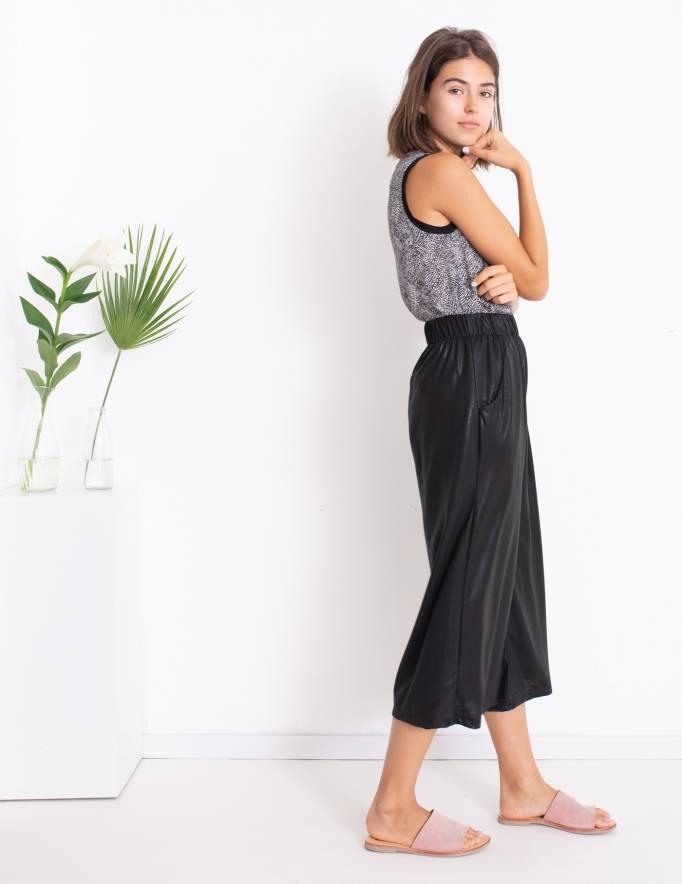 Alef Alef | אלף אלף - בגדי מעצבים | Sample | מכנסי Sunflower שחור מבריק