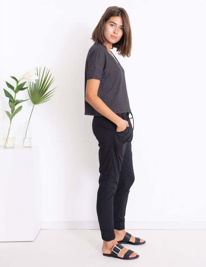 Alef Alef | אלף אלף - בגדי מעצבים | סאמפל | חולצת Lizzie שחור פס לבן