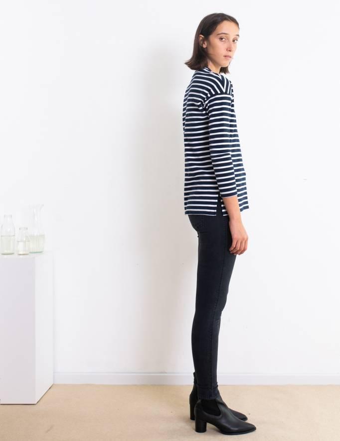 Alef Alef | אלף אלף - בגדי מעצבים | סווטשירט Martin כחול פס לבן