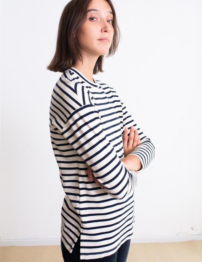 Alef Alef | אלף אלף - בגדי מעצבים | סווטשירט Martin שמנת פס כחול