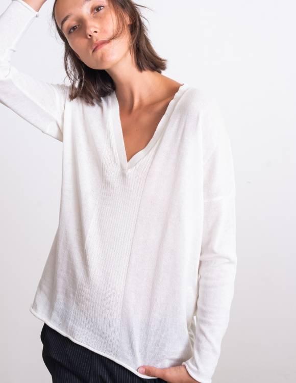 Alef Alef | אלף אלף - בגדי מעצבים | סוודר Dean לבן