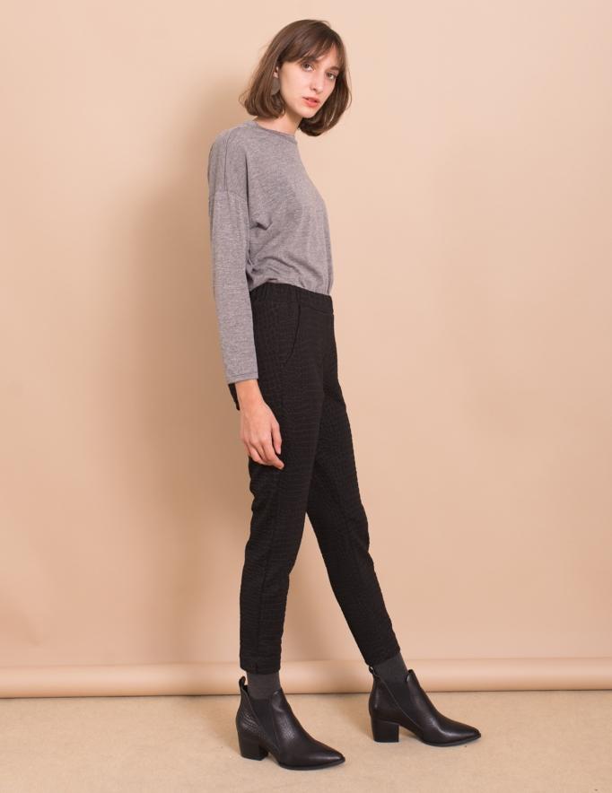 Alef Alef | אלף אלף - בגדי מעצבים | מכנסי Simone שחור קרוקודיל