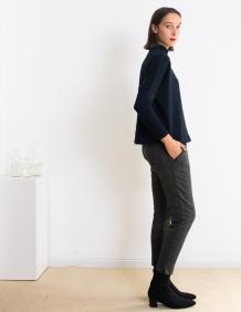 Alef Alef | אלף אלף - בגדי מעצבים | סוודר Anton נייבי