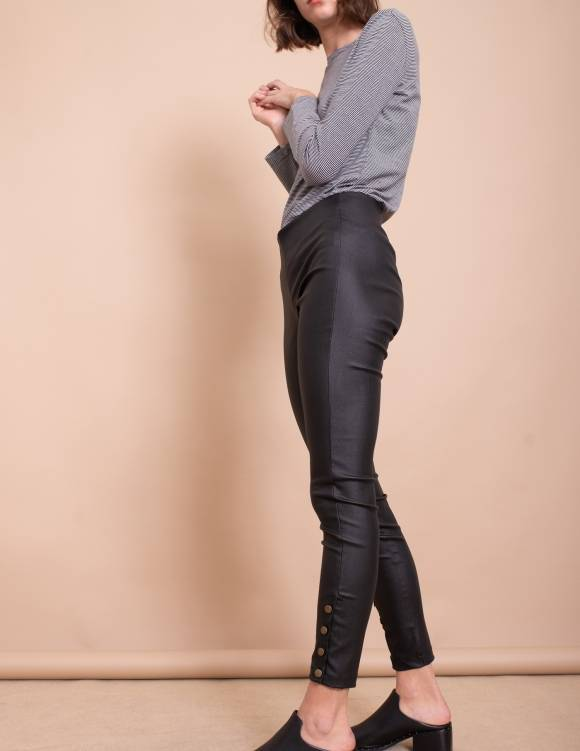 Alef Alef | אלף אלף - בגדי מעצבים | מכנסי Jackson שחור עור
