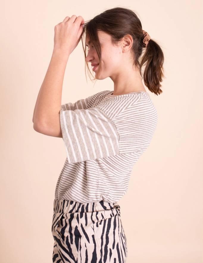Alef Alef | אלף אלף - בגדי מעצבים | חולצת Odessa פסים אפור לבן