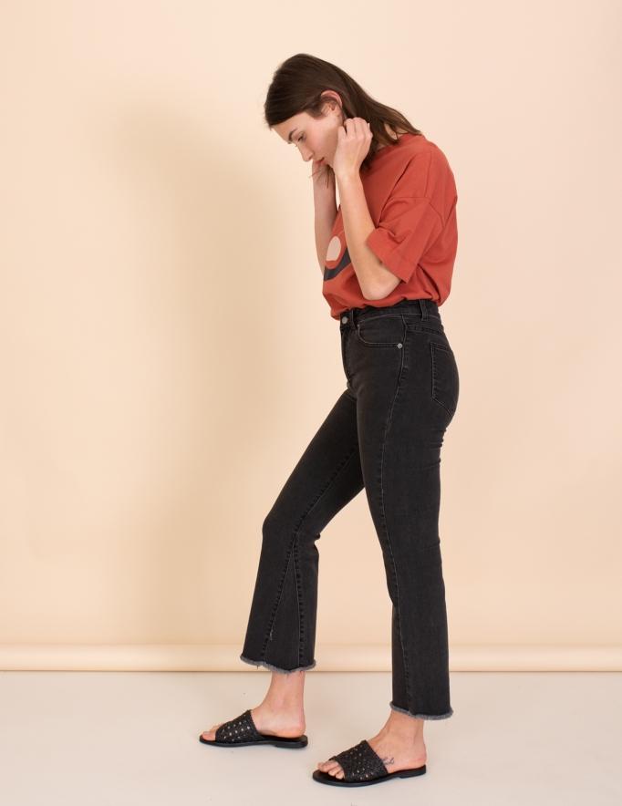 Alef Alef | אלף אלף - בגדי מעצבים | Dr Denim ג'ינס Genesis שחור