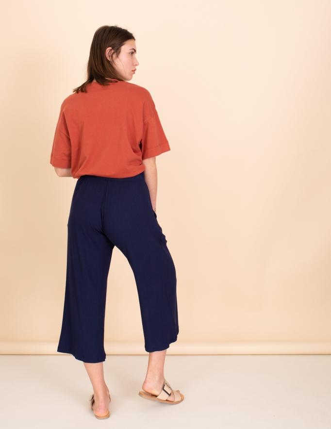 Alef Alef | אלף אלף - בגדי מעצבים | מכנסי kevin נייבי