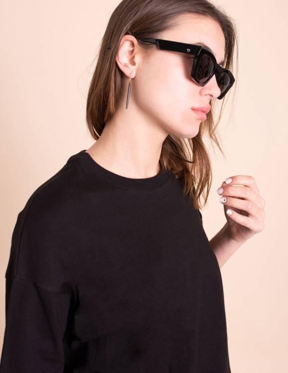 Alef Alef | אלף אלף - בגדי מעצבים | עגיל מסמר שחור  // Calderona
