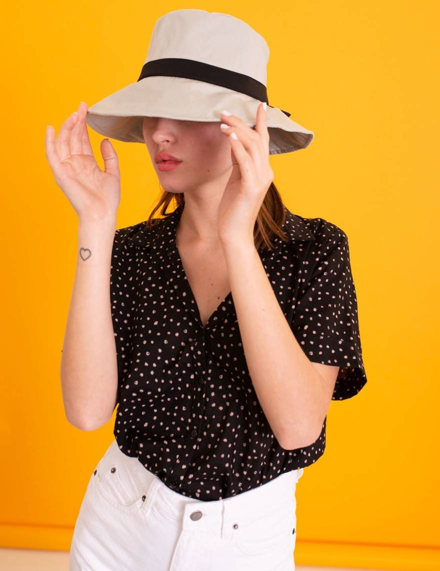 Alef Alef | אלף אלף - בגדי מעצבים | כובע בד אבן