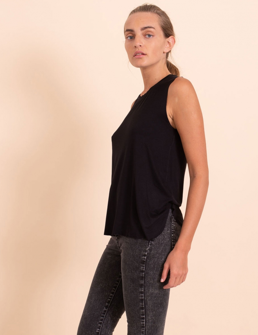 Alef Alef | אלף אלף - בגדי מעצבים | גופית Mary שחור