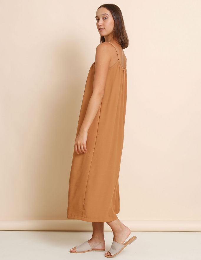 Alef Alef | אלף אלף - בגדי מעצבים | שמלת Rami קאמל