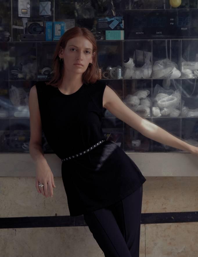 Alef Alef | אלף אלף - בגדי מעצבים | גופית Gal | שחור