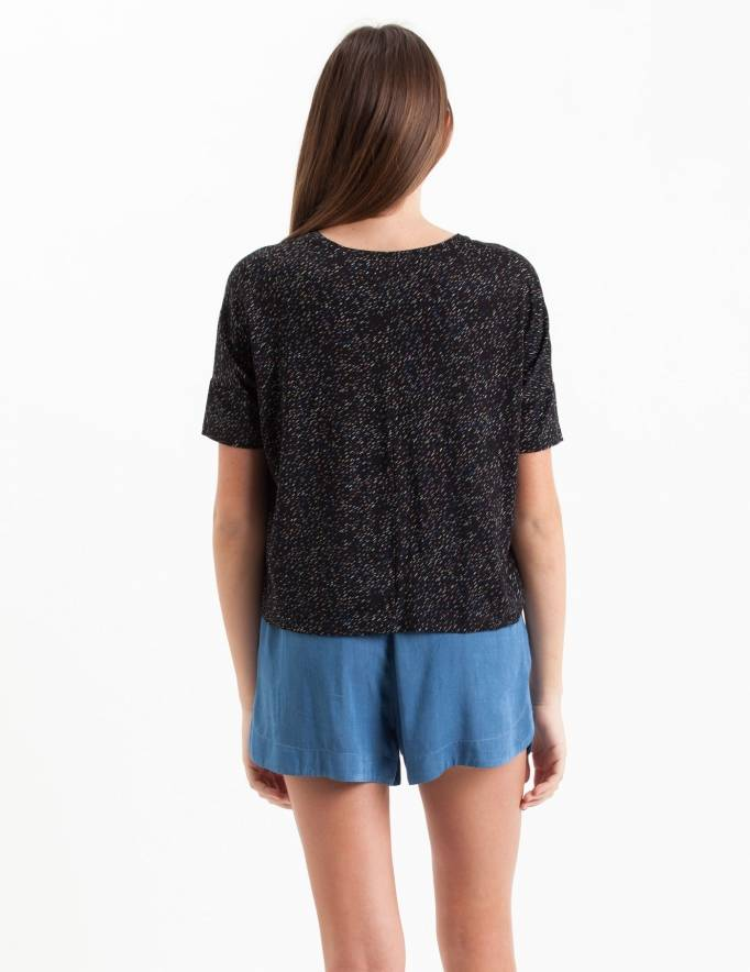 Alef Alef   אלף אלף - בגדי מעצבים   Sample#103   חולצת Lipin שחור משיכות צבע