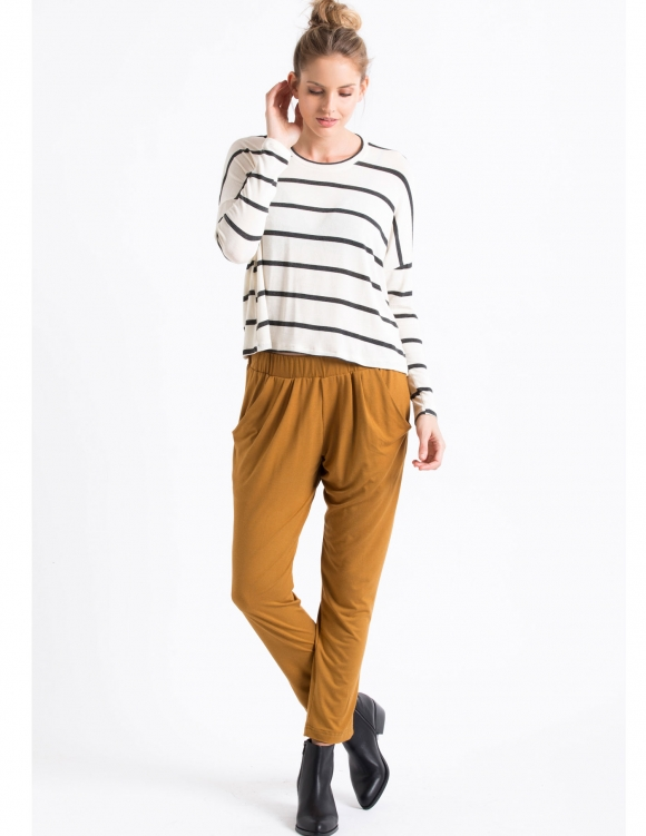 Alef Alef | אלף אלף - בגדי מעצבים | Sample#74 | מכנסי Keep It חרדל