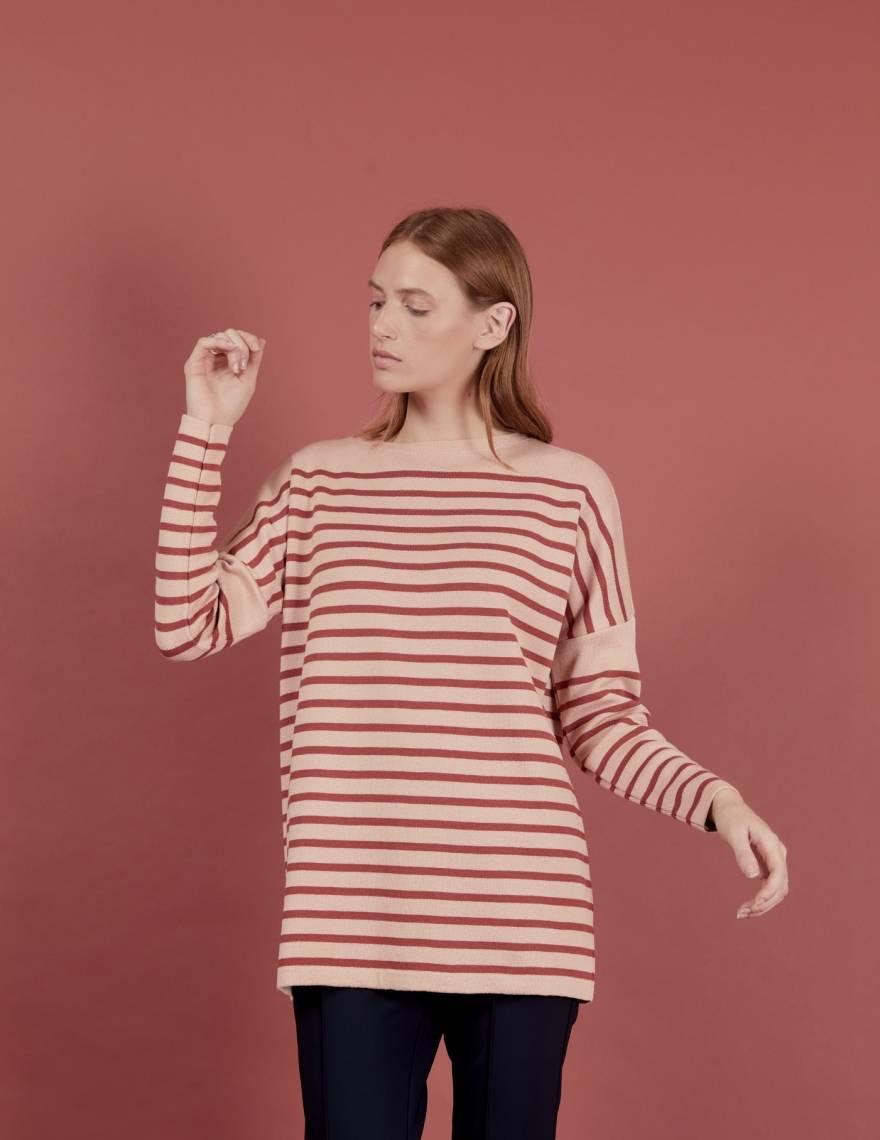 Alef Alef | אלף אלף - בגדי מעצבים | סוודר Rom | חמרה מוקה