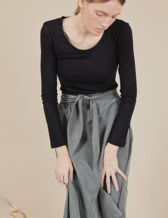 Alef Alef | אלף אלף - בגדי מעצבים | חולצת Tamar | שחור