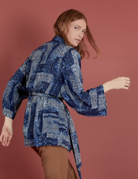 Alef Alef | אלף אלף - בגדי מעצבים | קימונו Valentina כחול הדפס לבן
