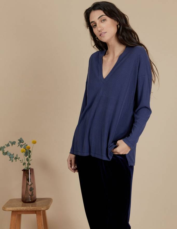 Alef Alef   אלף אלף - בגדי מעצבים   חולצת Angela נייבי