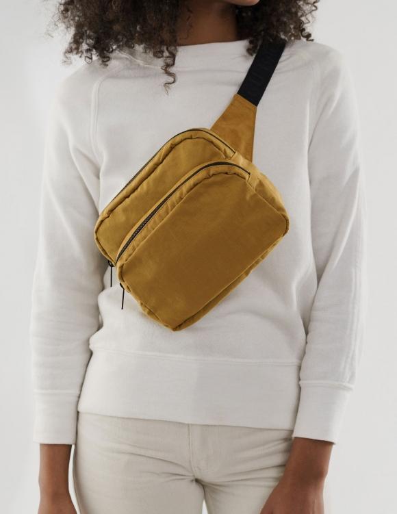 Alef Alef | אלף אלף - בגדי מעצבים | פאוץ' Fanny Pack // Baggu
