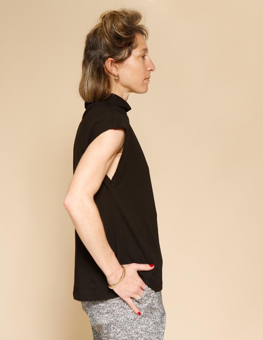 Alef Alef | אלף אלף - בגדי מעצבים | חולצת Eini שחור