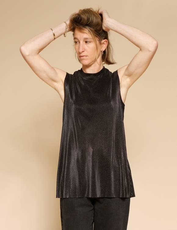 Alef Alef | אלף אלף - בגדי מעצבים | גופית Klein שחור נצנץ